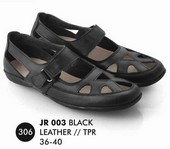 Flat shoes Hitam Kulit Everflow JR 003